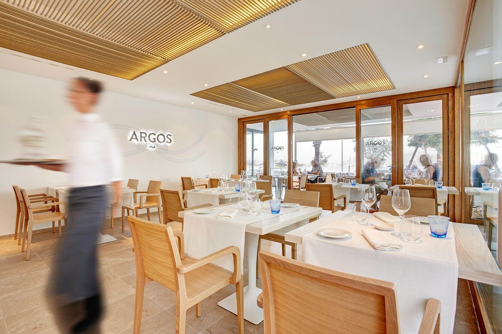 Argos_Restaurant_Young_425
