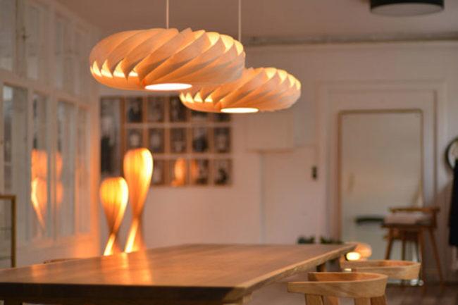 TR5 Designerlampe aus Holz von Tom Rossau