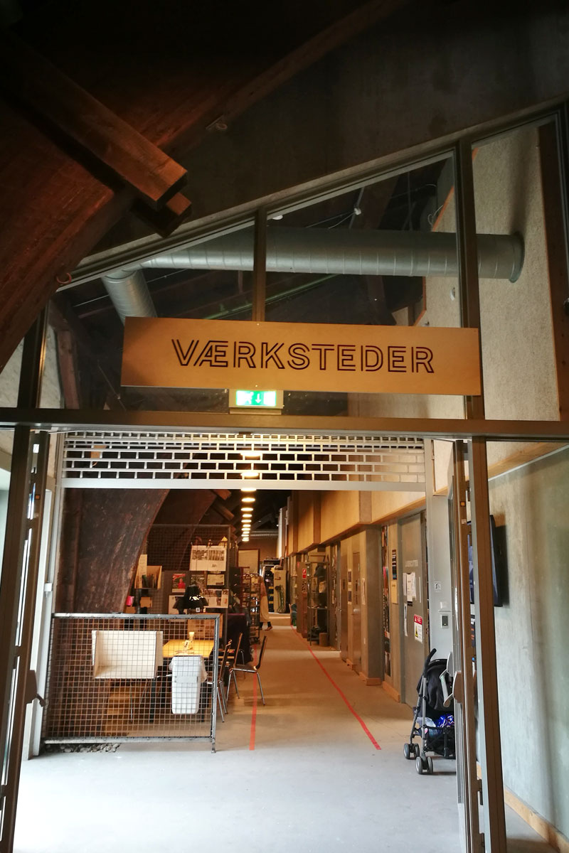 """Werkstätten im """"Godsbanen"""" Co-Working Space."""