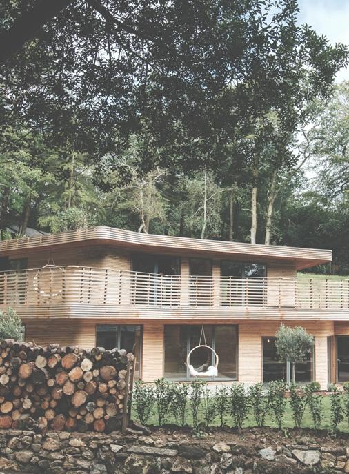 Das Wohnhaus ist umgeben von unberührter Natur