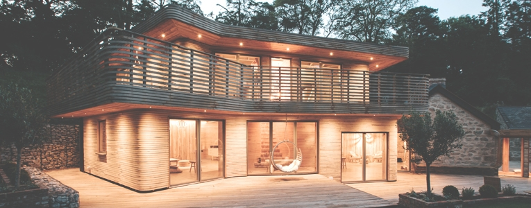 Das Designer-Haus hat eine außergewöhnliche Beleuchtung