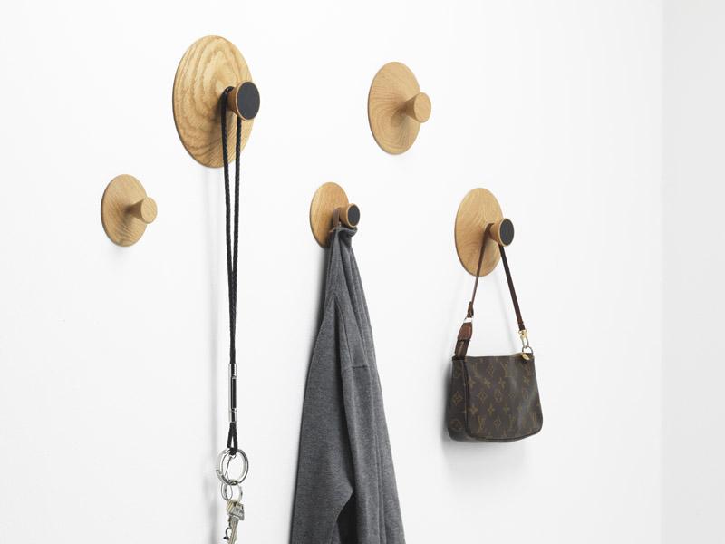 NIPPLE von applicata - Garderobenhaken aus Holz