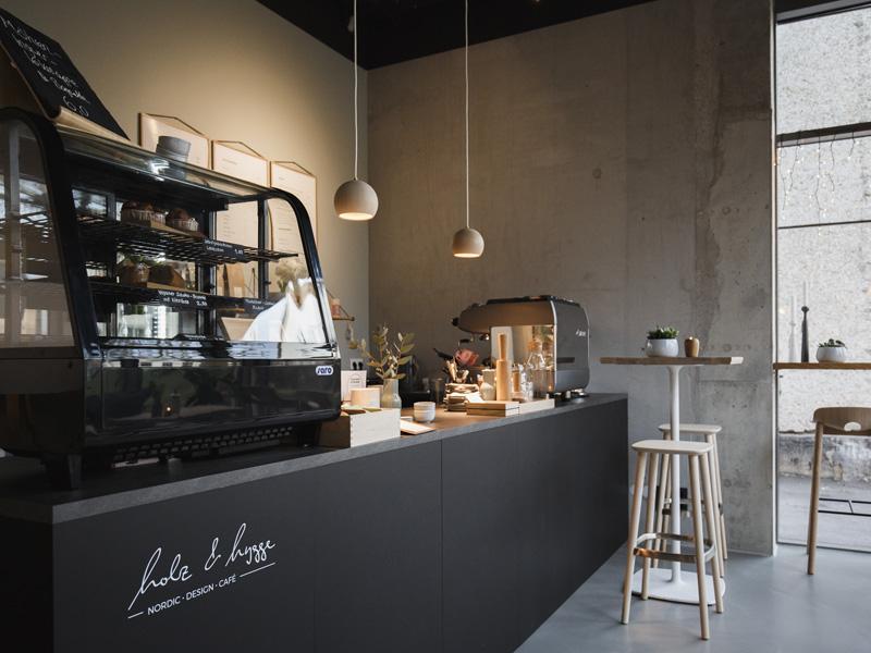 Holz & Hygge: Unser Showroom Mit Duft Von Zimtschnecken