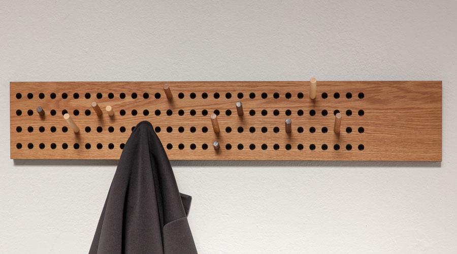 design garderobe scoreboard von we do wood. Black Bedroom Furniture Sets. Home Design Ideas