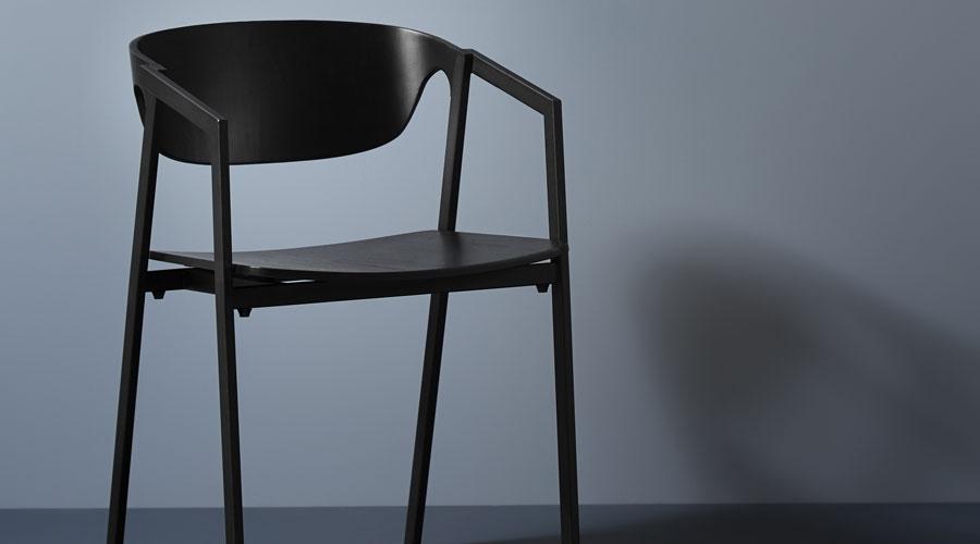 S.A.C. DINING CHAIR Von Woud   Stapelbarer Design Stuhl Mit Armlehnen Für  Esszimmer In Eiche