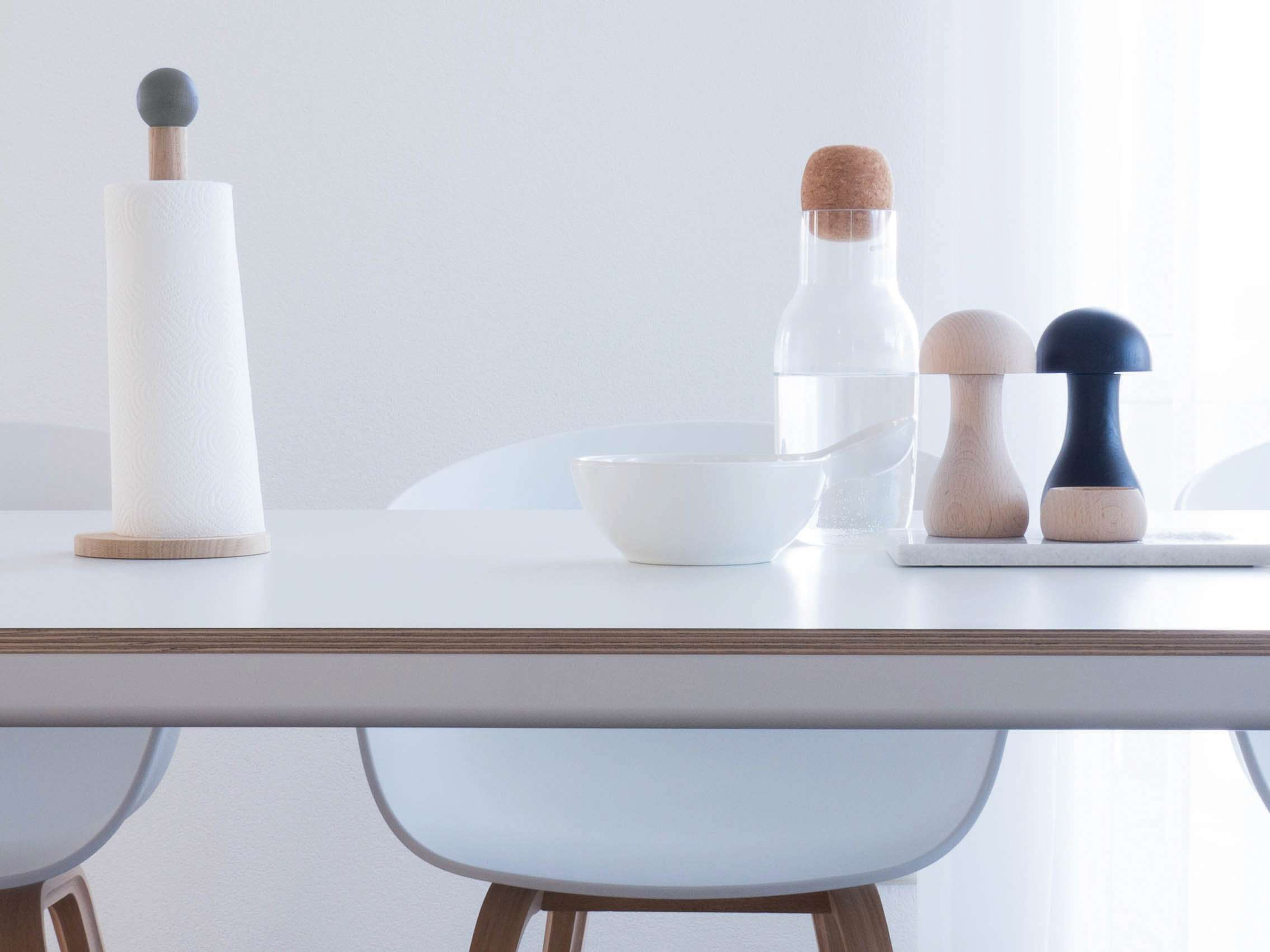 k chenrollenhalter clown von applicata holzdesignpur. Black Bedroom Furniture Sets. Home Design Ideas