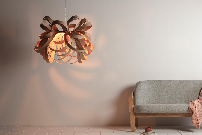 pendelleuchte butterfly giant von tom raffield. Black Bedroom Furniture Sets. Home Design Ideas