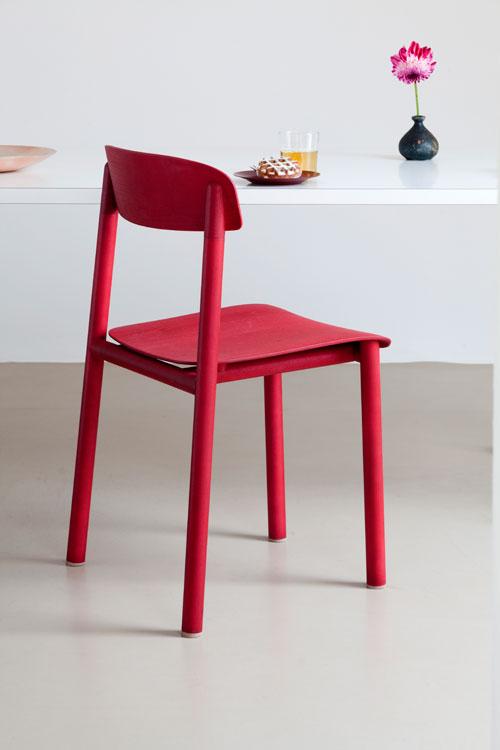 Stuhl profile chair von stattmann i holzdesignpur for Design stuhl rot