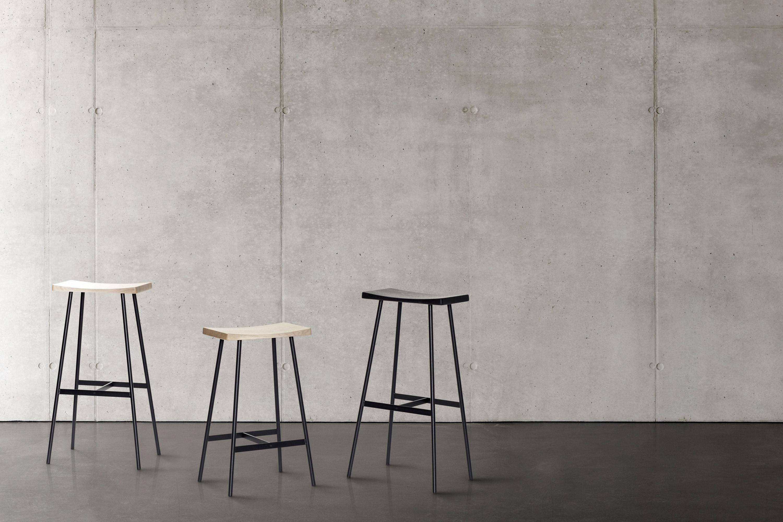 Designer barhocker hc2 65 cm von andersen furniture for Barhocker holz ohne lehne