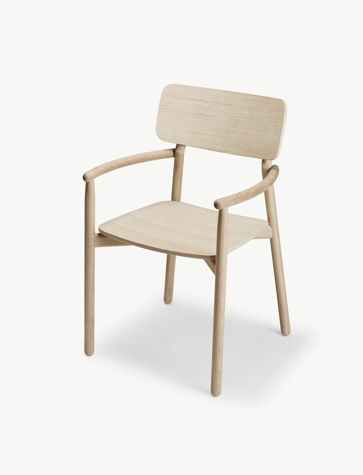 Stuhl hven mit armlehne von skagerak i holzdesignpur for Stuhl armlehne